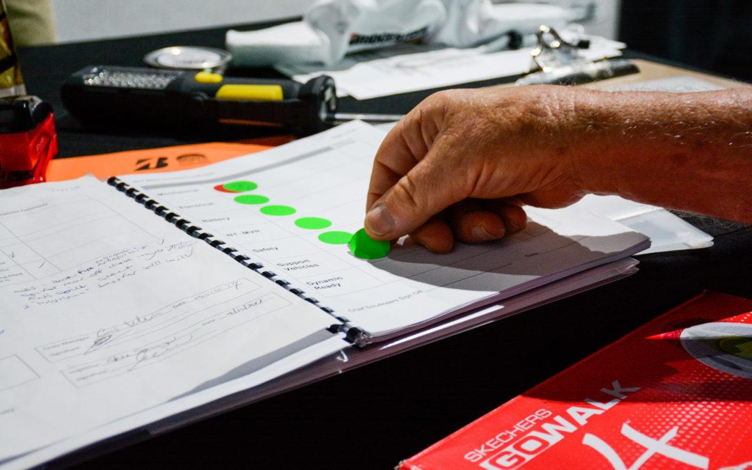 Solar Team Twente als eerste Nederlandse team door de technische keuring
